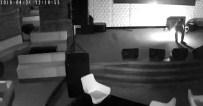MEFTUN - 5 Yıldızlı Otelin Barını 10 Bin Liraya Kundaklattı