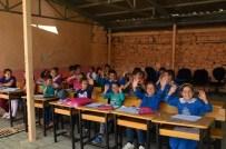 AKALAN - UEDAŞ Orhaneli Akalan Köyüne Kütüphane Kuruyor