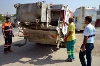 YÜKSEL MUTLU - Akdeniz'de Çöp Konteynerleri Temizleniyor