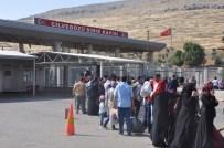 Suriyeliler Bayramlaşmak İçin Ülkelerine Gidiyor