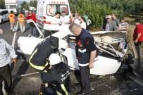 MUSTAFA TOPÇU - Tır'la Çarpışan Otomobil Kağıt Gibi Ezildi 1 Ölü