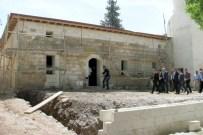 ÇÖKME TEHLİKESİ - Milletvekili Erdoğan, Tarihi Cami Ve Minaredeki Restorasyon Çalışmalarını İnceledi