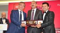 SELÇUK ÇETIN - Radev'den Başkan Çetin'e Ödül