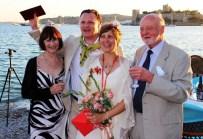 MÜSTAKBEL - Ünlü Yapımcı Kız Kardeşini Evlendirdi