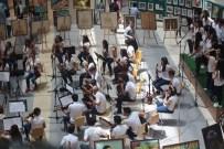 MEHMET KAVUK - Yıl Sonu Resim Sergisi Açıldı