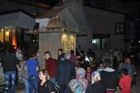 DAVUT ÇALıŞKAN - Restorasyonu İki Yıl Süren Tarihi Havai Camii, İlk Teravih Namazı İle İbadete Açıldı