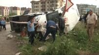 ÇUKURAMBAR - Servis Araçları Çarpıştı Açıklaması 6 Yaralı