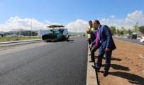 ERHAN ÜSTÜNDAĞ - Sivas Belediyesi Yol Yapım Çalışmalarını Sürdürüyor