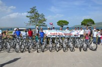 UÇURTMA ŞENLİĞİ - Tatvan'da Uçurtma Şenliği Ve Bisiklet Turu