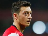 MESUT ÖZİL - Umre'ye giden Mesut Özil, Alman aşırı sağcı partinin hedefinde