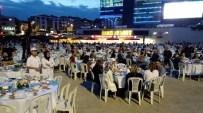 Zeytinburnu Meydanı'nda 5 Bin Kişilik İftar Sofrası
