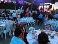 ÇEKMEKÖY BELEDİYESİ - Çekmeköy'de 5 Bin Kişi Birlikte Oruç Açtı