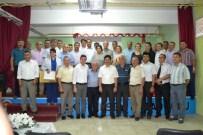 KILIK KIYAFET - Ayvalıkta İlçe Milli Eğitim Müdürlüğünden Katkılarıyla Okullara Kıyafet Yardımı
