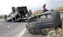 Elazığ'da Aynı İstikamette Giden İki Araç Çarpıştı Açıklaması 6 Yaralı