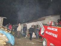 MALZEME DEPOSU - Hisarcık'ta Yangın