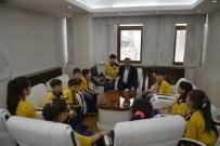 ABDULLAH YıLMAZ - Başkan Anlayan Şampiyon Çocukları Ağırladı