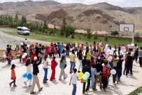 KMÜ Besyo Öğrencilerinden Berendi Köyünde Çocuk Şenliği