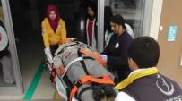 BEYİN TRAVMASI - Motosiklet Çöp Konteynerine Çarptı Açıklaması 1 Yaralı