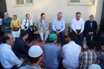 MUSTAFA ATAŞ - AK Parti Genel Başkan Yardımcıları Kur'an Kursundaki Öğrencileri Ziyaret Etti