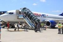 KOCA SEYİT - Tatilciler Hava Yoluna Büyük İlgi Gösterdi