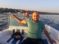 Tekne Faciasında Hayatını Kaybedenler Toprağa Verildi