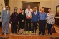 SONER ZEYBEK - Milli Sporcudan Altın Madalya