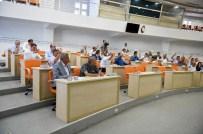 RAMAZAN ÖZCAN - Büyükşehir Belediyesi Meclis Toplantısı Yapıldı