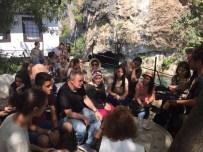 SREBRENITSA - Eyüplü Öğrenciler Mostar Köprüsü'nde