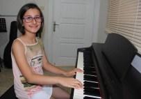 ANNELER GÜNÜ - Piyanoda Bir Yıldız Doğuyor Açıklaması 10 Yaşında Onlarca Bestesi Var