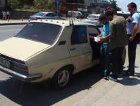 BOMBA PANİĞİ - Üsküdar'da şüpheli araç