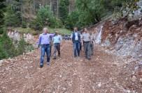 MAHMUT YıLMAZ - Mersin Orman Bölge Müdürlüğü, Yol Açma Çalışmalarına Devam Ediyor