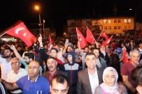 ZEKI ERGEZEN - Ahlatlılar Darbe Girişime Karşı Sokaklara Döküldü