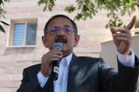 SEMPATIK - Çevre Ve Şehircilik Bakanı Özhaseki, Valilik Binası Önünden Hemşehrilerine Seslendi