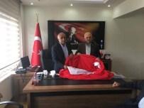 GÖL FESTİVALİ - Çıldır Göl Festivaline Devasa Türk Bayrağı