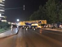 İSTANBUL YOLU - Darbe Girişimine Karşı Vatandaşlardan Vinçli Savunma