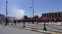 Erzincan Halkı Meydanları Boş Bırakmadı