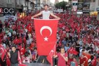 NE MUTLU TÜRKÜM DİYENE - Nevşehir'de 30 Bin Kişi Tek Yürek Oldu