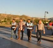 Sivas'ta Gözaltına Alınan Savcı Ve Hakimler Sağlık Kontrolünden Geçirildi