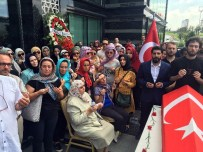 YENİ ŞAFAK GAZETESİ - Arkadaşları Foto Muhabiri Mustafa Cambaz'ı Son Yolculuğuna Uğurladı