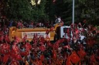 OSMAN ZOLAN - Denizli'de Demokrasi Nöbeti Devam Ediyor