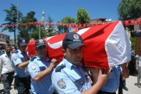 ERDOĞAN TURAN ERMİŞ - Tankın Altında Kalarak Şehit Olan Genç Son Yolculuğuna Uğurlandı