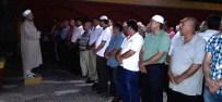 Hatay'da Demokrasi Şehitleri İçin Gıyabi Cenaze Namazı Kılındı