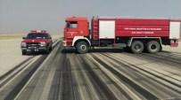 ŞERAFETTIN ELÇI - İtfaiye Araçlarını Piste Sokarak, Girişimi Engellediler