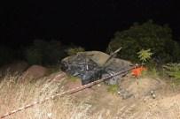 KıZıLCASÖĞÜT - Uşak'ta Trafik Kazası Açıklaması 2 Ölü, 6 Yaralı