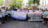 AŞKIN ÖĞRETMEN - Bursa'da Atanamayan Öğretmenler 'Delirdi'