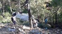 Minibüs Şarampole Uçtu Açıklaması 1 Ölü, 13 Yaralı
