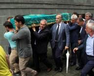 MUSTAFA ERDOĞAN - Cumhurbaşkanı Erdoğan'ın Dayısı Toprağa Verildi