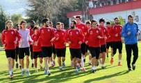 KıLıÇKAYA - Samsunspor, 6 Futbolcu İle Sözleşme Yenilemedi
