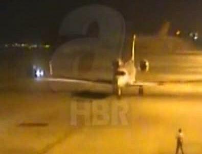 Darbe gecesi Erdoğan'ın uçağının iniş anı