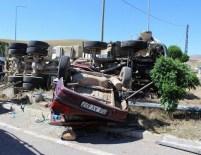 AHMET CAN PINAR - Sivas'ta Beton Mikseri İle Otomobil Çarpıştı Açıklaması 2 Ölü, 1 Yaralı